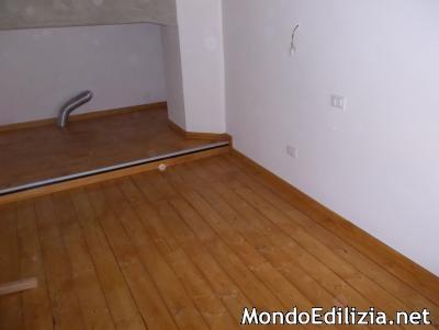 Soppalco in legno lamellare tetti pergole for Soppalco in legno lamellare